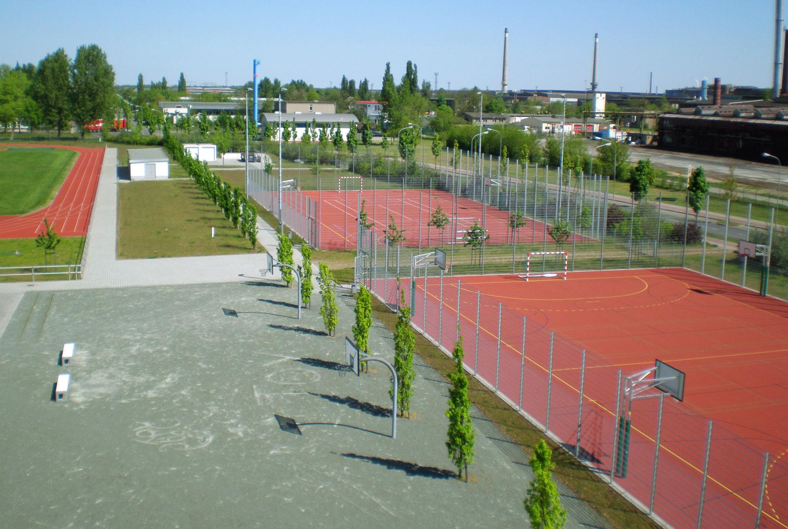 OSZ-technik-henningsdorf-sportfreiflaechen-landschaftsarchitektur-berlin-freianlagen-albert-armbruster-sportplatz