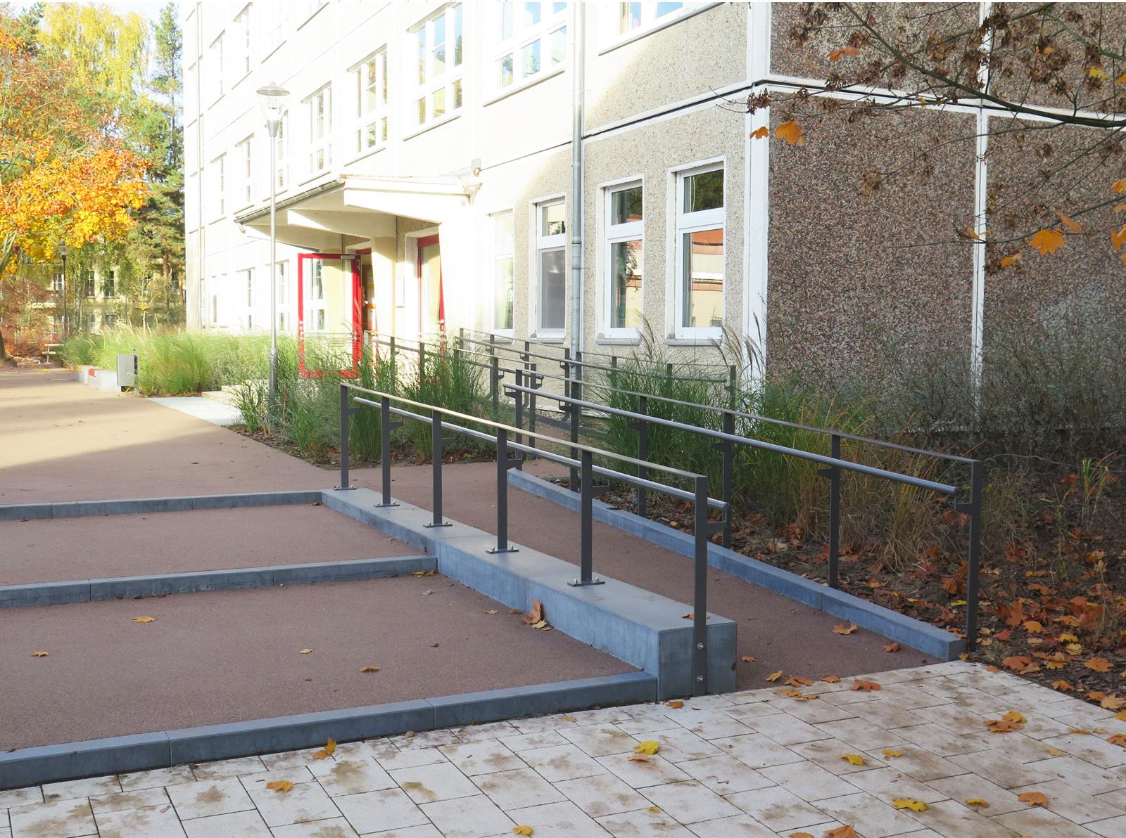 albert-armbruster-aussenanlagen-freianlagen-barriererfreiheit-borgsdorf-schule-sportkomplex-planung-hohgen-neuendorf